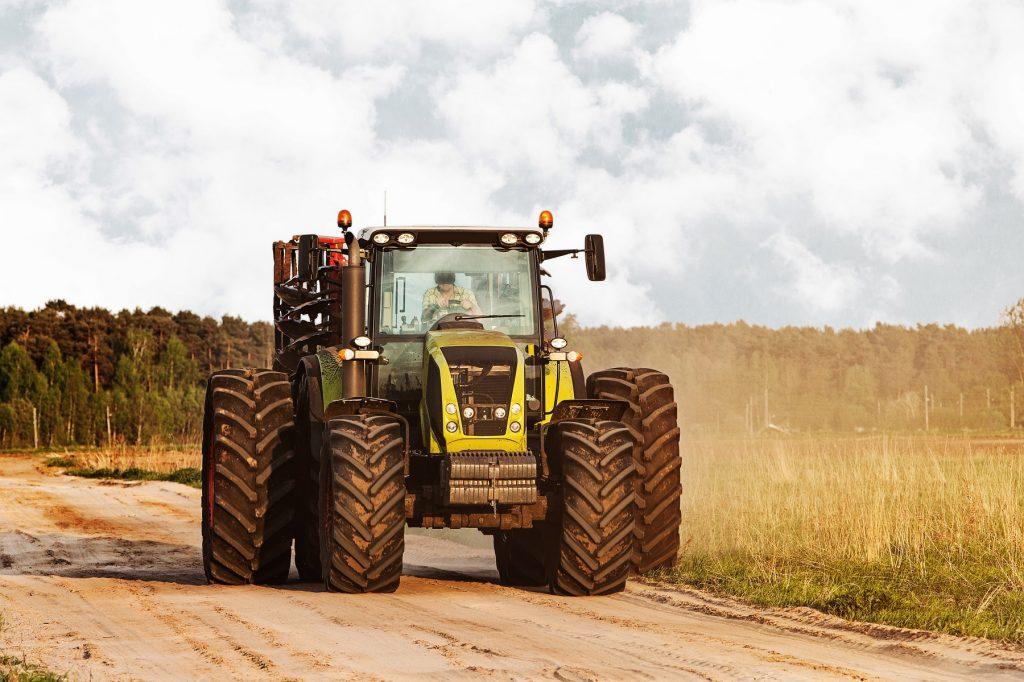 Tractorr main